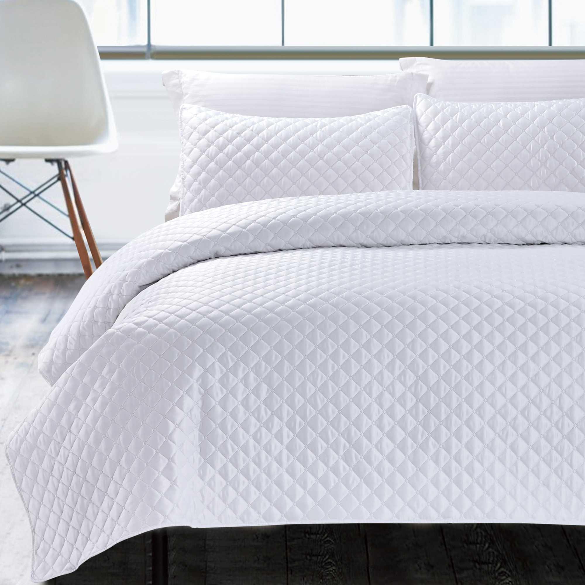 California Design Den Hotel Diamond Luxury White King 3 Piece Coverlet Set Walmart Com Walmart Com