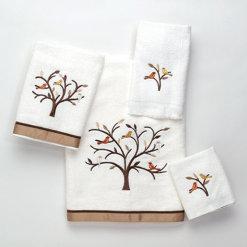 Avanti Linens Friendly Gathering Hand Towel