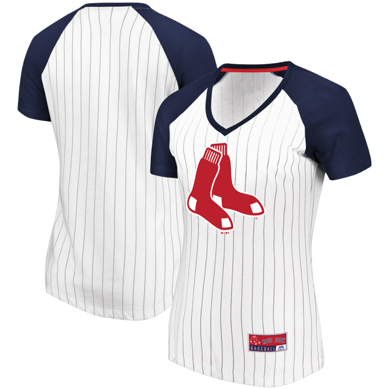 Boston Red Sox Majestic Women's Plus Size Raglan V-Neck T-Shirt - White/Navy