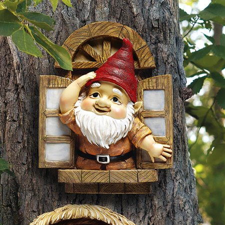 Design Toscano The Knothole Gnomes Garden Welcome Tree Sculpture: Window Gnome](Gnome Garden Kit)