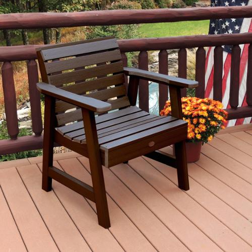 Highwood Marine-grade synthetic wood Weatherly Garden Chair Weathered Acorn