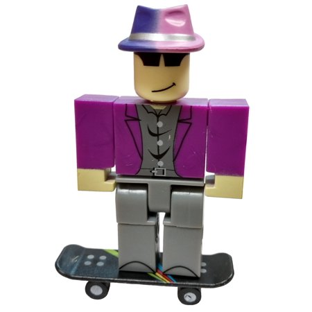 Roblox Series 4 - Roblox Red Series 4 Prisman Mini Figure With Red Cube And Online Code No Packaging