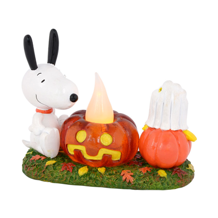 Department 56 Peanuts 4037419 Snoopys Pumpkin Surprise Retired - Snoopy Great Pumpkin