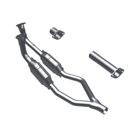 Magnaflow 23821 Direct Fit Catalytic Converter (Non CARB compliant) ()