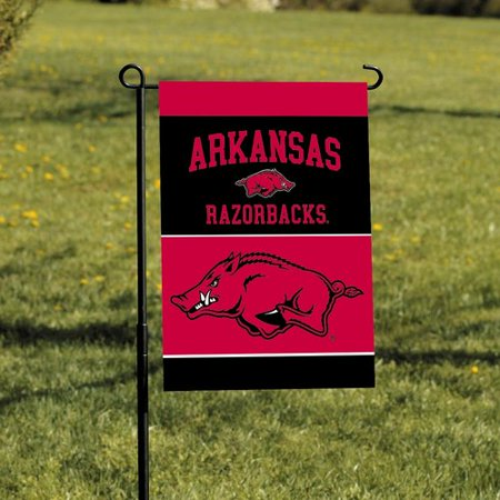 - NeoPlex NCAA 2-Sided Garden Banner