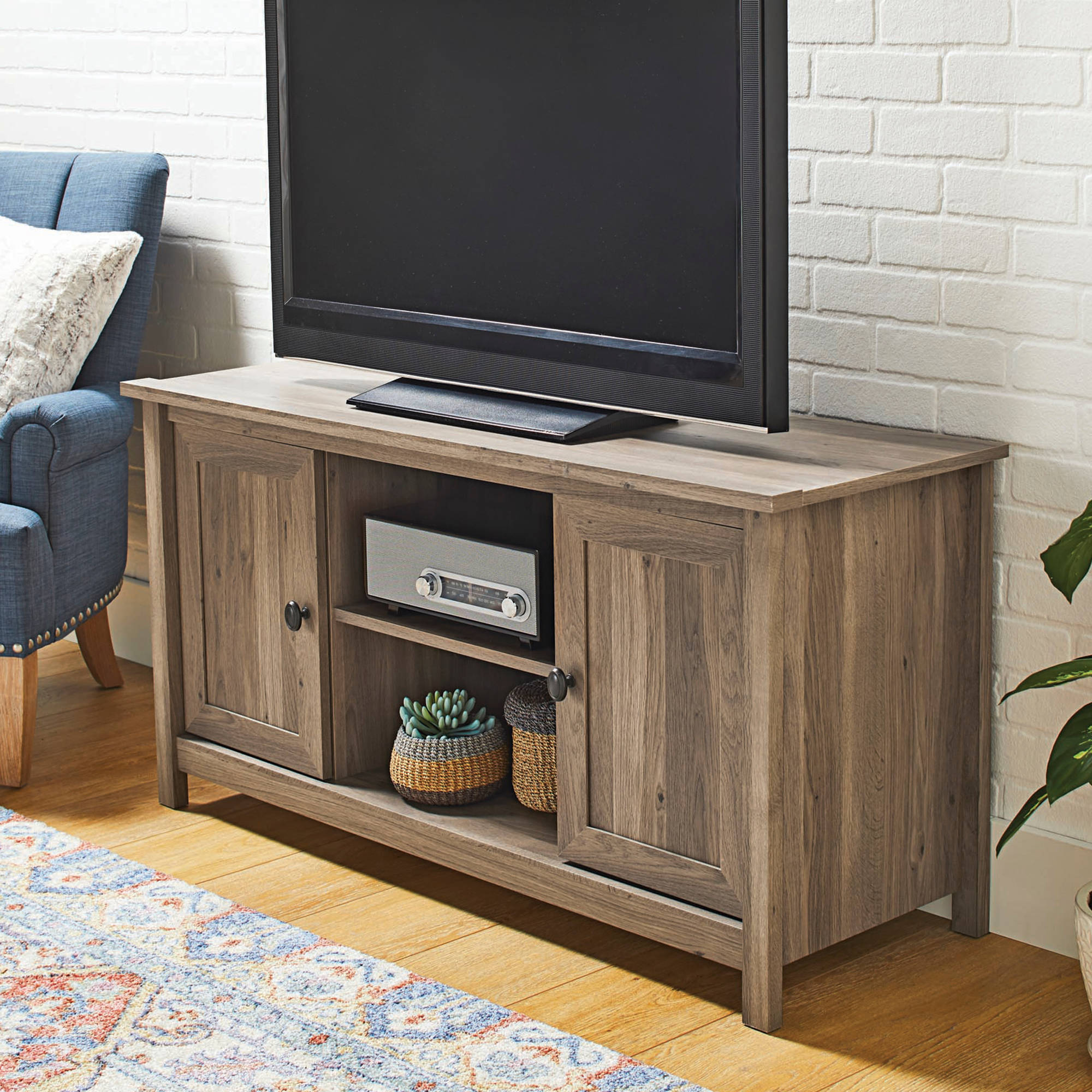 Better Homes and Gardens Lafayette TV Stand for TV s up to 47   Multiple  Finishes. Better Homes and Gardens Living Room Furniture   Walmart com