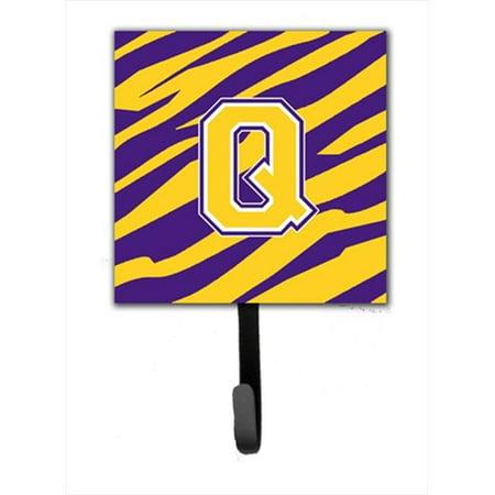 Carolines Treasures CJ1022-QSH4 Initial Q Tiger Stripe - Purple Gold Leash Holder Or Key Hook - image 1 de 1