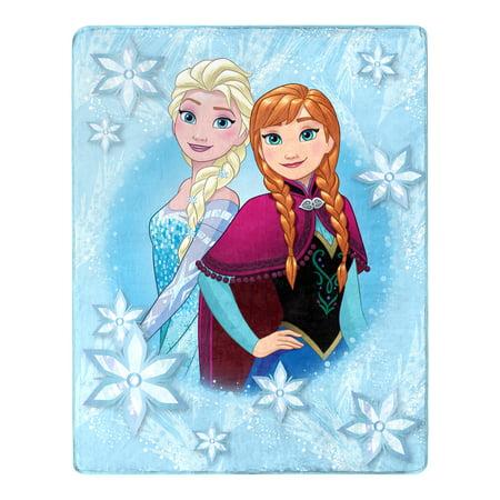 """Disney Frozen Elsa & Anna """"Northern Love"""" Silk Touch Throw Blanket, 40""""x50"""""""