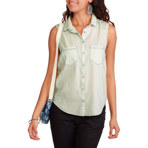 Derek Heart Juniors' Sleeveless Denim Button Down Shirt with Patch Pockets