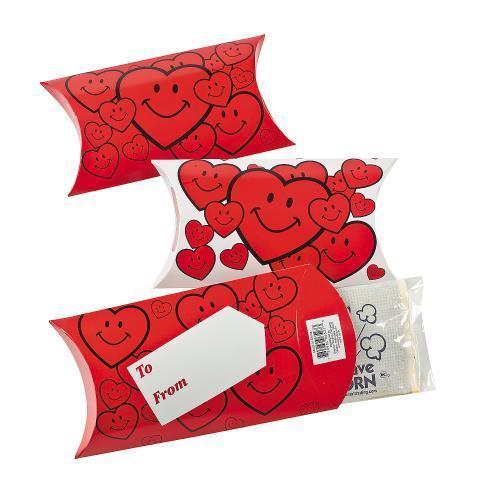 IN-32 675 Mini Popcorn Bags in Valentine Treat Boxes Per Dozen by Oriental Trading Company