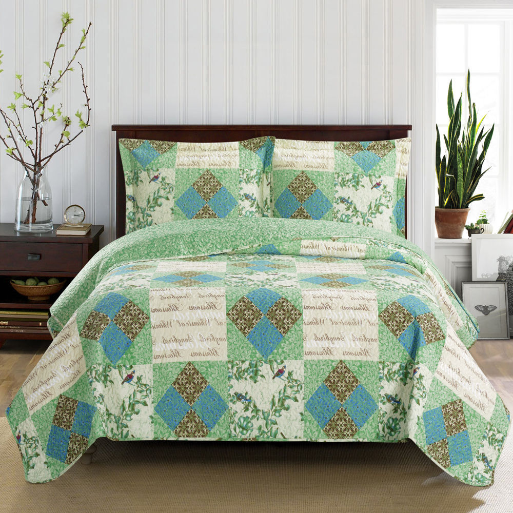 Durable Davina Oversize Coverlet, Patchwork Pattern Reversible Coverlet Set -Full/Queen