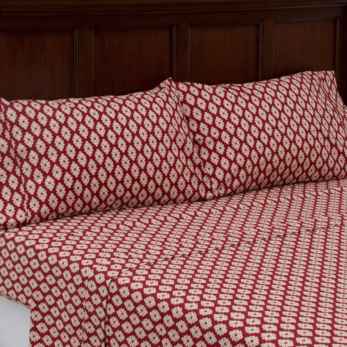 Better Homes and Gardens 250-Thread-Count Percale 3-Piece Sheet Set, Red Sedona Foulard