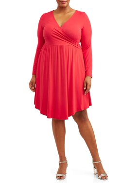 Love Sadie Women's Plus Size Faux Wrap Dress with Pockets