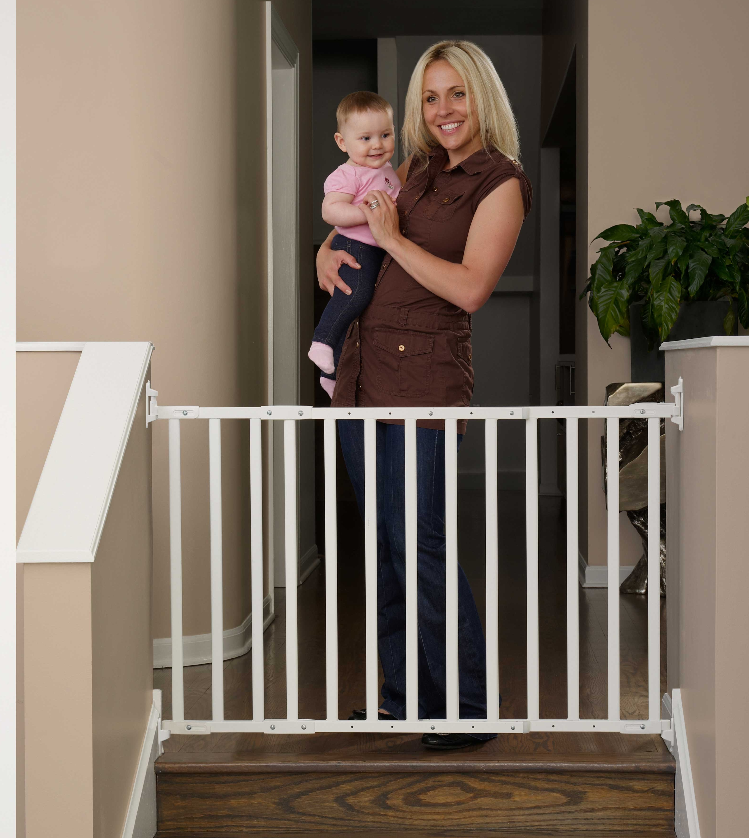 Kidco Angle Mount Safeway Select Safety Gate Select -White