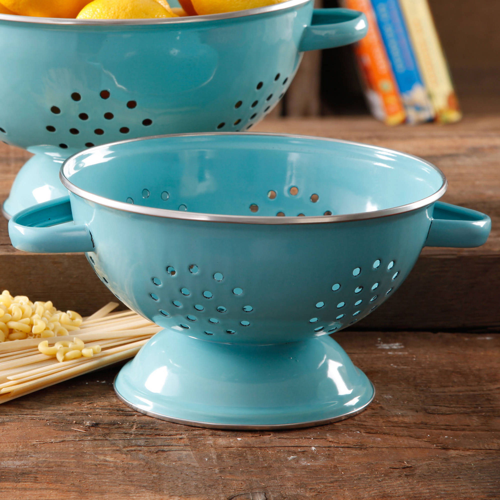 The Pioneer Woman 5-Quart Metal Turquoise Colander