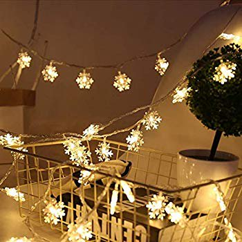 16.4FT 50 LED Snowflake String Lights, Battery Powered LED Star Fairy Lights Xmas Party Home Wedding Garden Garland Led Lights Decoration (50LED, Snowflake-Warm White) ()