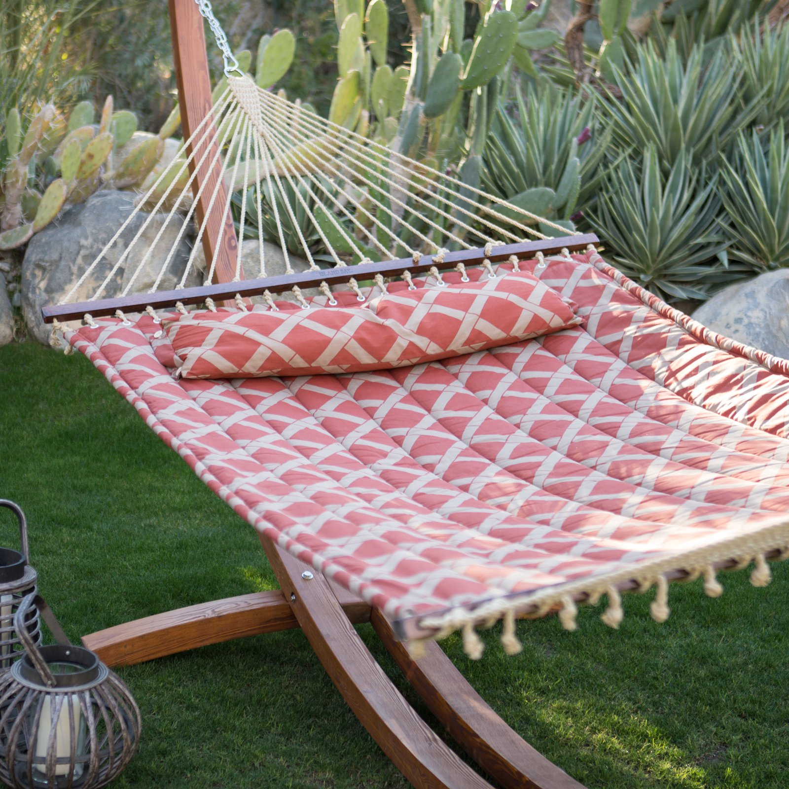 Island Bay 11 ft. Tuscan Lattice Quilted Hammock with Russian Pine Wood Arc Hammock Stand by