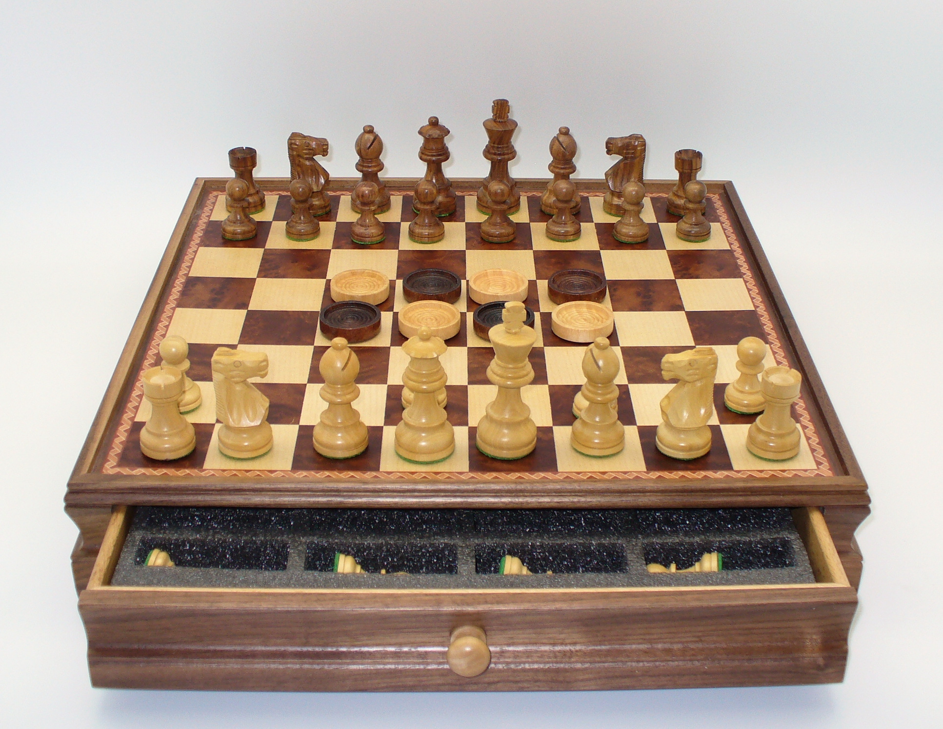 WorldWise Imports Sheesham Men Chess and Checkers Set in Chest by World Wise Imports