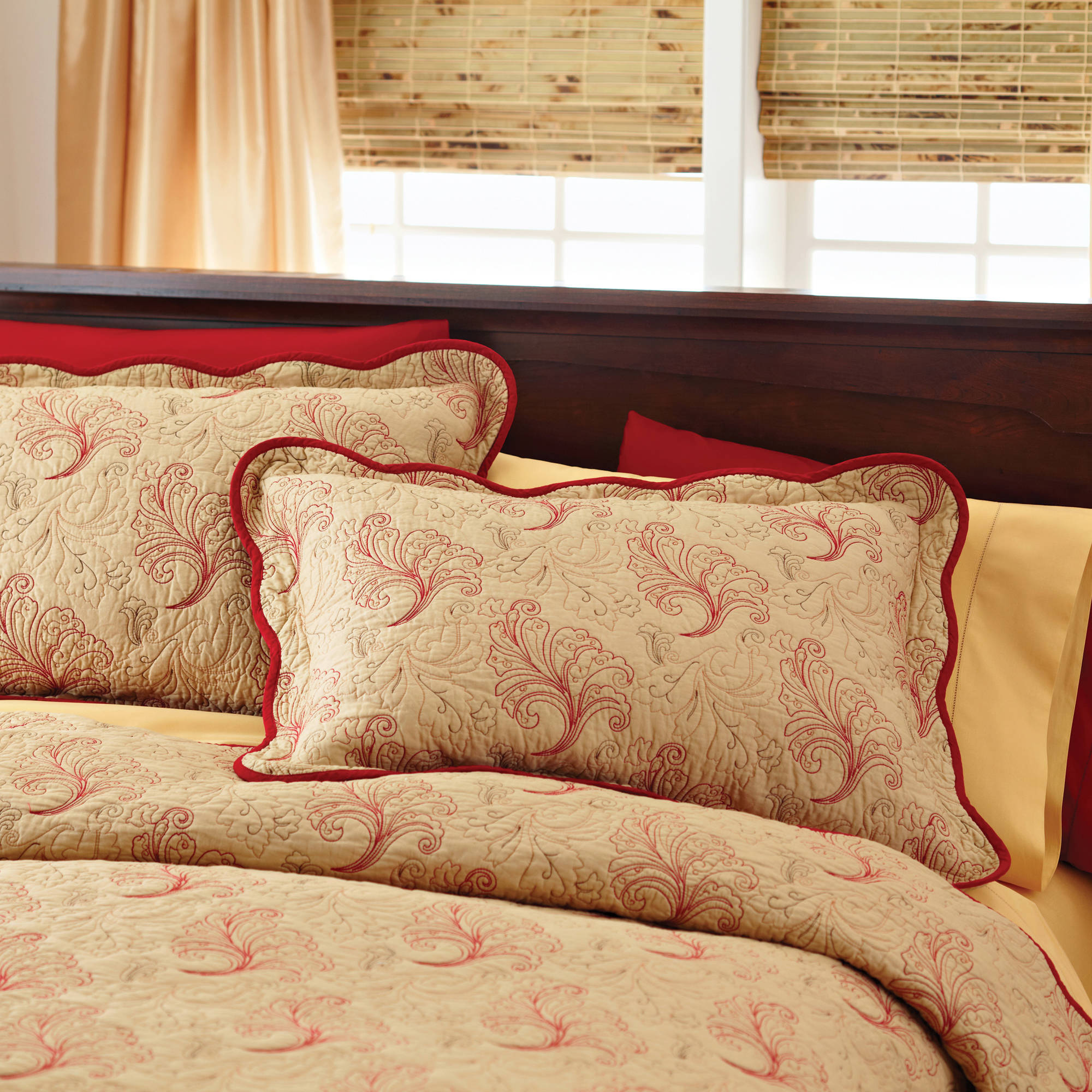 Better Homes and Gardens Pembroke Matelasse Coverlet