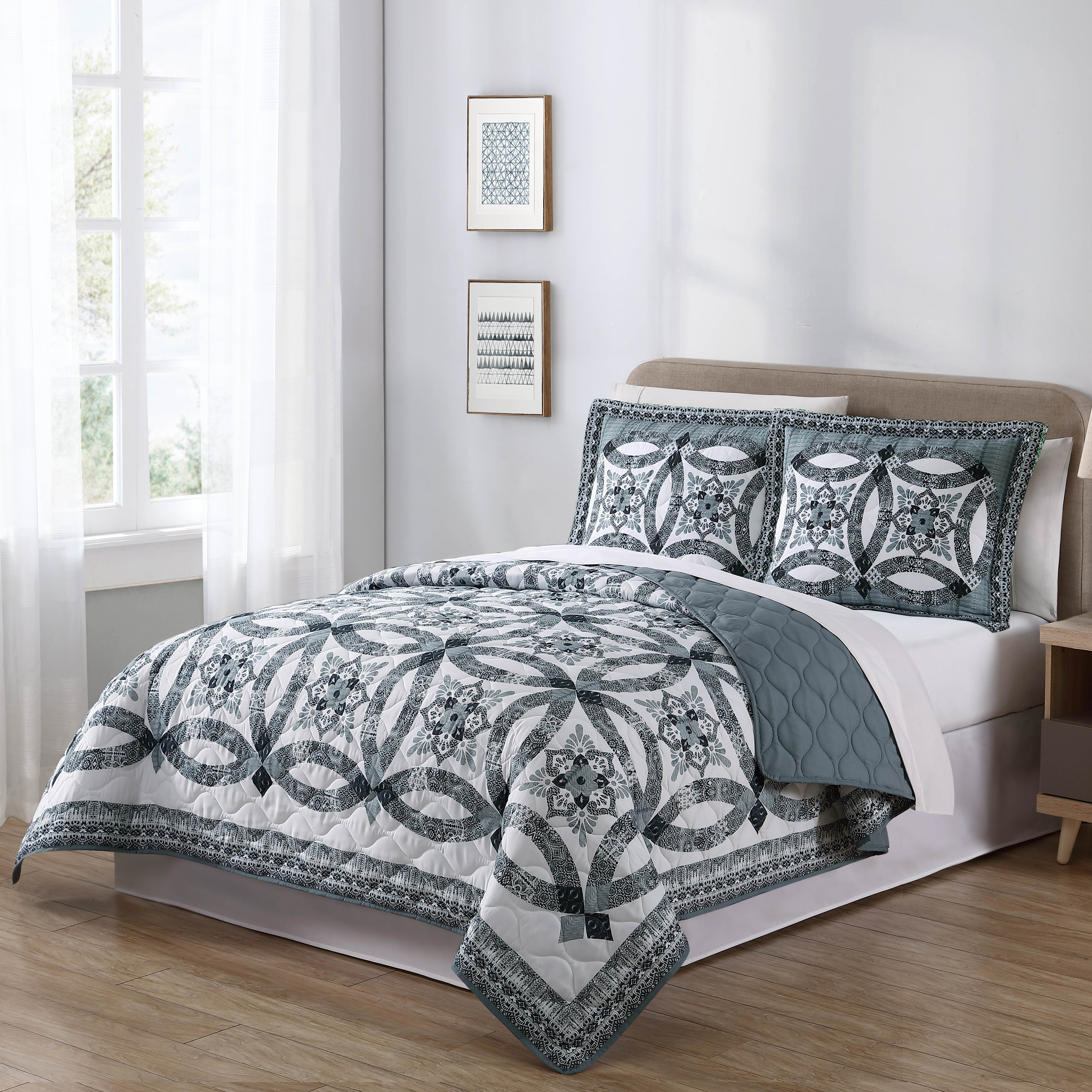 Mainstays Traditional Wedding Ring Patterned 3 Piece Full Queen Quilt Set, Gray by Keeco