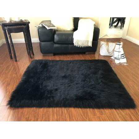 Soho Luxurious Faux Sheepskin Square Shape Black Shag Area Rug ()