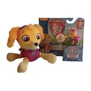Nickelodeons Paw Patrol Skye Action Pack Pup &Badge and Skye Plush!