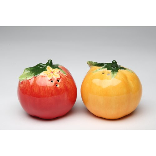 Cosmos Gifts Tomato Salt and Pepper Set