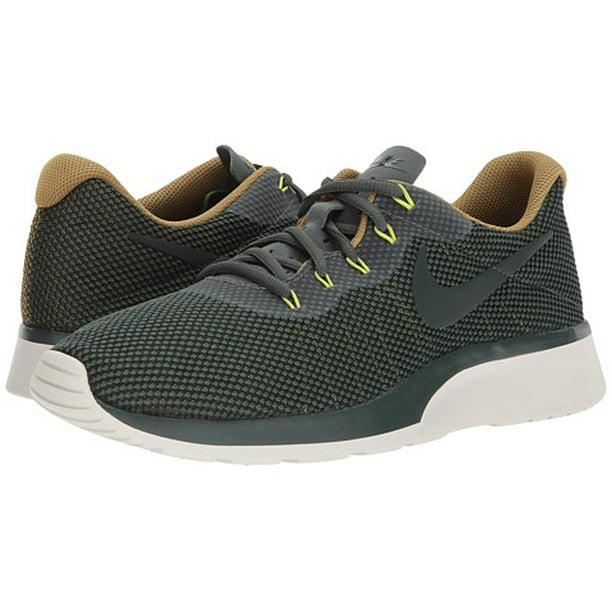 por otra parte, gritar Armario  Nike - Nike TANJUN RACER Mens Green Athletic Running Shoes - Walmart.com -  Walmart.com
