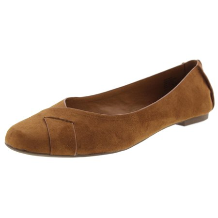 BC Footwear Womens Petite Round Toe Flats