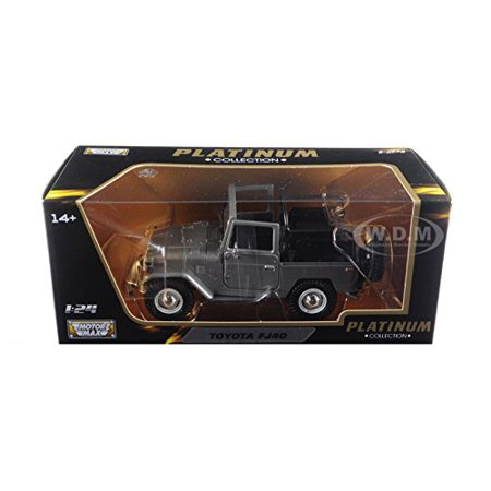 Motormax FJ40 Convertible 1/24 Scale Diecast Model Car Silver, Brand new box. Rubber tires. Made of diecast with some plastic parts. Detailed.., By Toyota ()