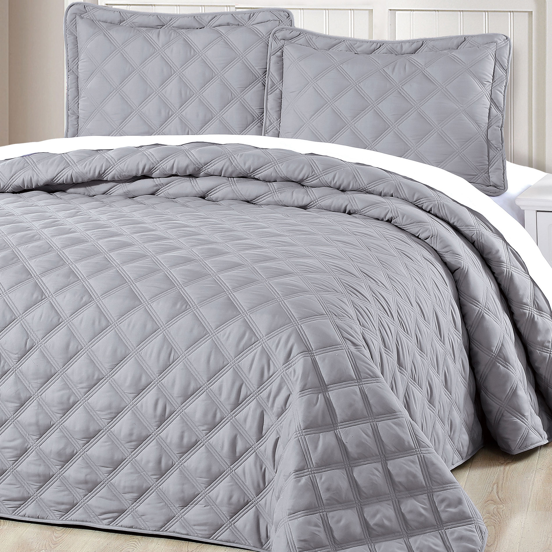 Serenta Charleston Down Alternative Quilted 3 Piece Bedspread Set