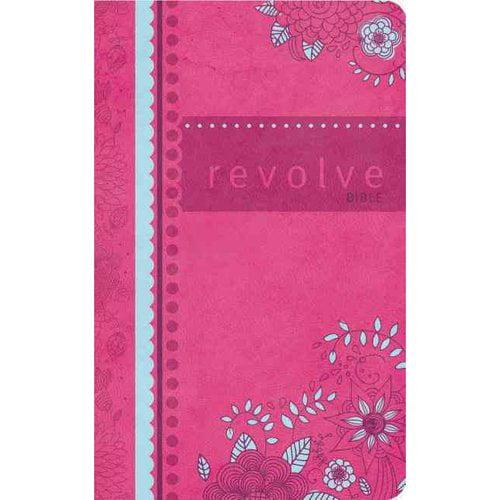 Revolve Bible: New Century Version Raspberry Leathersoft, Youth & Teen