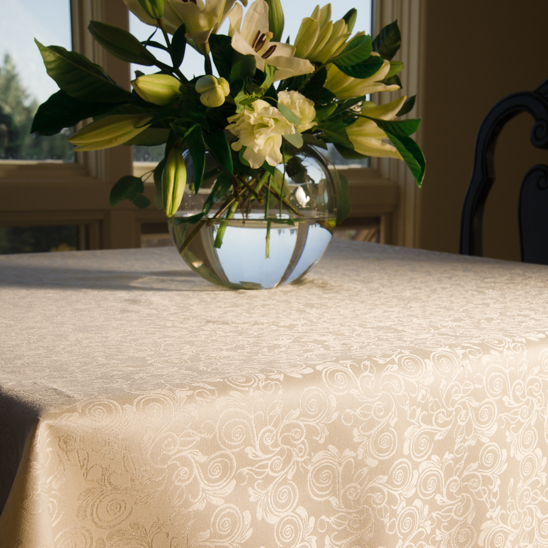 70 x 126 in. Rectangular Shimmering Filigree Tablecloth Ivory