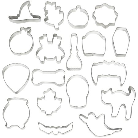 Wilton Halloween Cookie Cutter Set, 18-Piece](Mini Cookie Cutters Halloween)