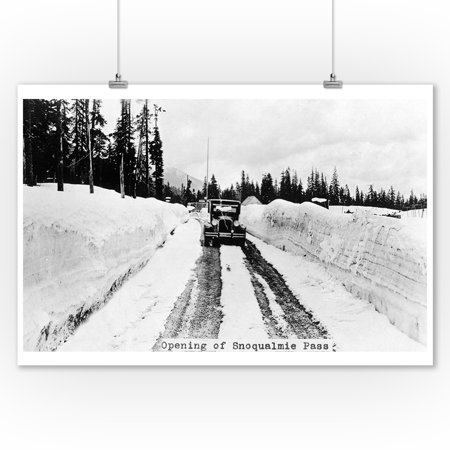 Snoqualmie Pass  Washington   View Of Model T Braving A Snowy Snoqualmie Pass  9X12 Art Print  Wall Decor Travel Poster