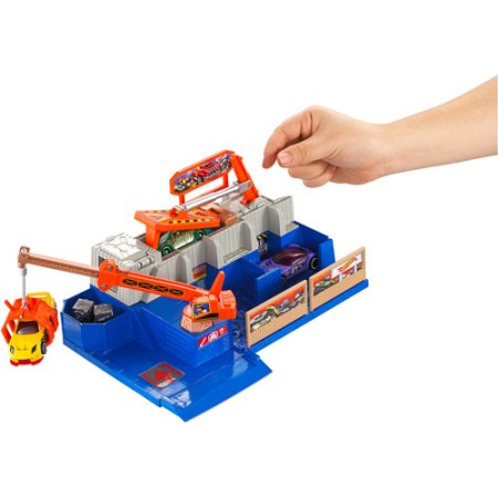 Hot Wheels Car Crusher Track Set by Mattel