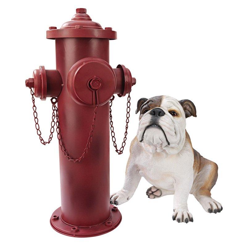 Design Toscano Vintage Metal Fire Hydrant Statue