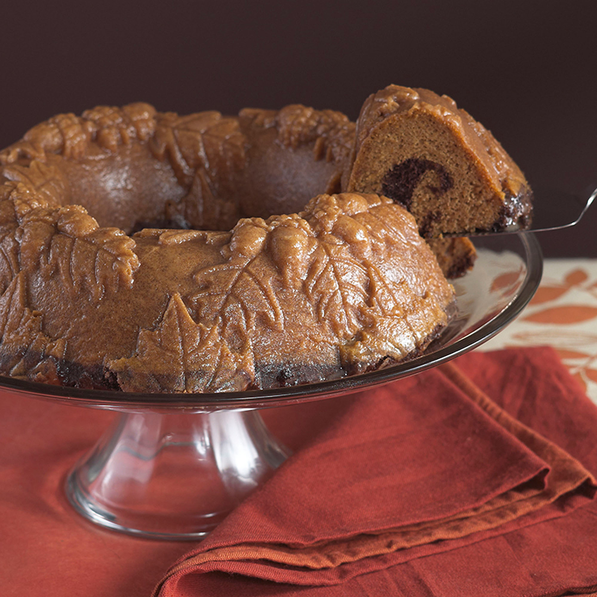 Nordic Ware Autumn Wreath Bundt Pan by Northland Aluminum Products