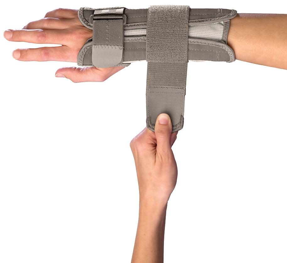 Mueller Wrist Stabilizer Small/Med