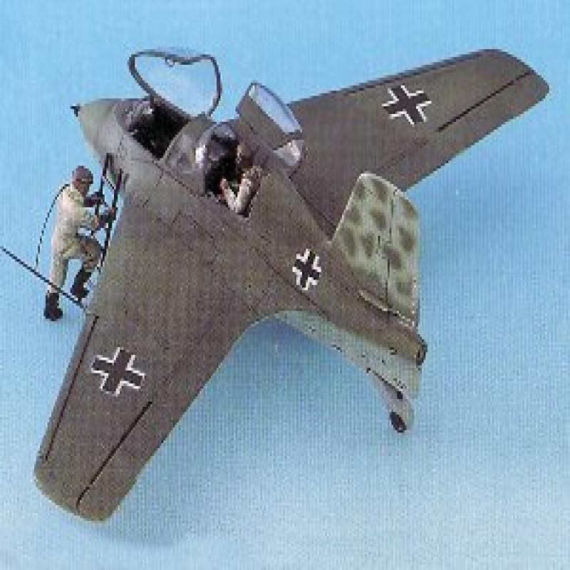 1 48 Messerschmitt Me-163S-1 Trainer Rocket Aircraft Habicht Dragon by