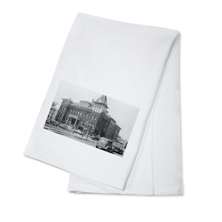 Oregon City Hall (Eugene, Oregon Scene with City Hall Photograph (100% Cotton Kitchen Towel) )