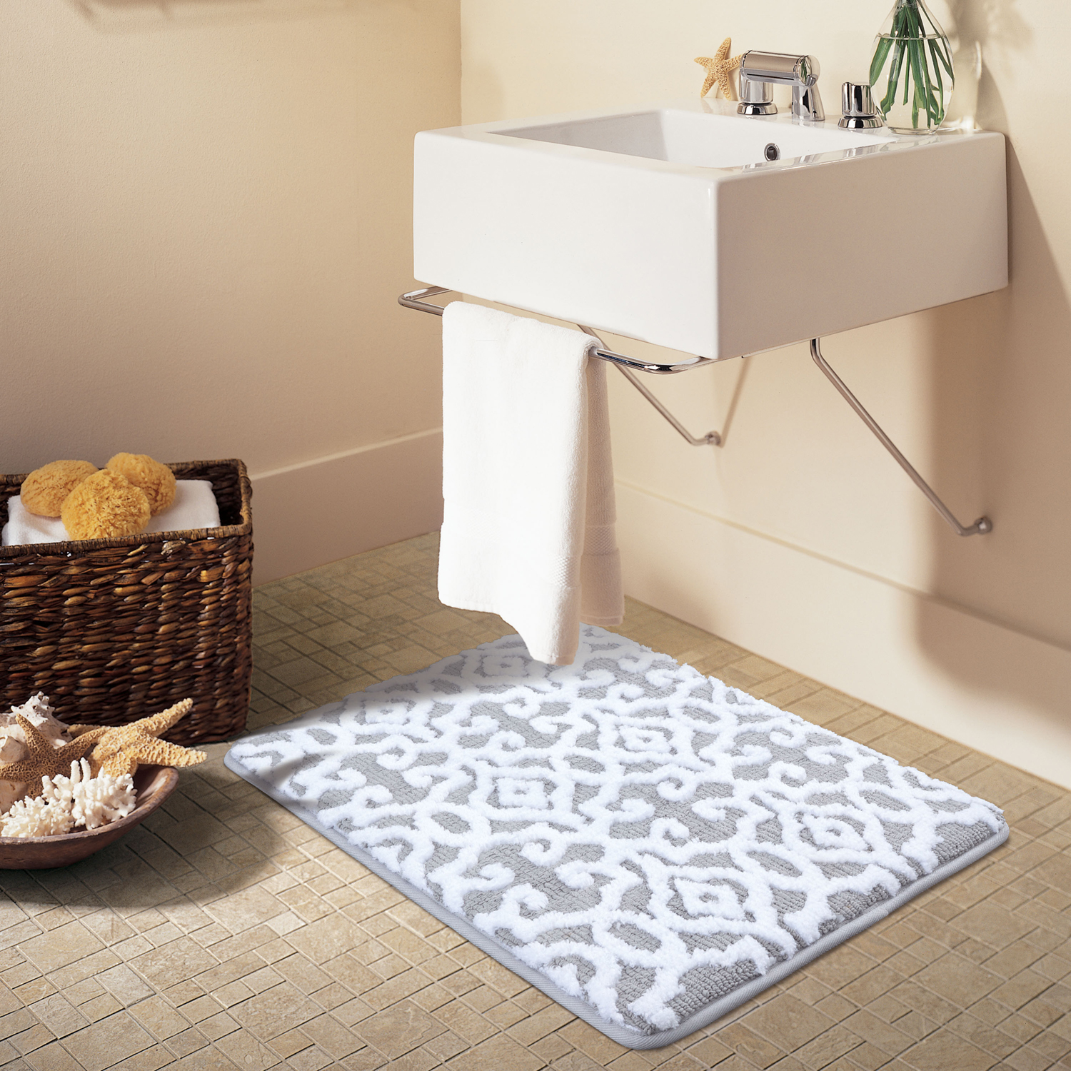Better Homes & Gardens Jacquard Memory Foam Bath Rug by ABS