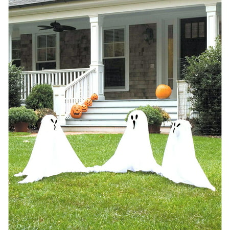 Group of Spooky Ghost Lawn Props - Ghost Songs For Halloween
