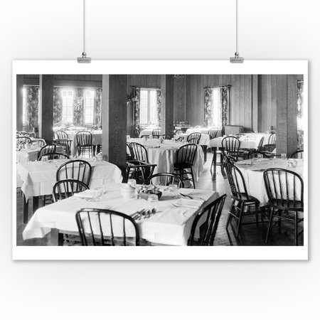 Photo Dining Room - Lake Quinault, WA View of Lodge Dining Room Photograph (9x12 Art Print, Wall Decor Travel Poster)