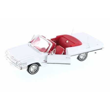 1963 Chevy Impala Convertible, White w/ Red - Welly 22434WWT - 1/24 Scale Diecast Model Toy Car