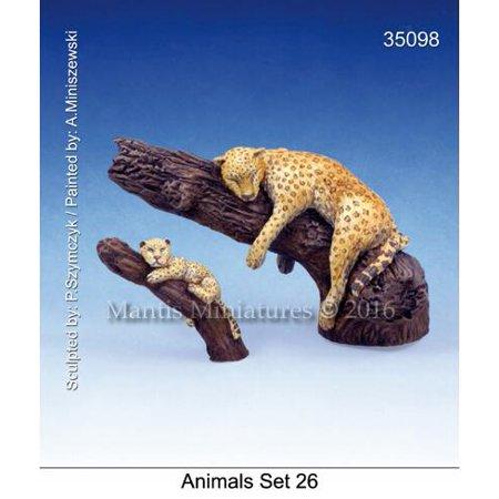 - Mantis Miniatures 1:35 Animals Set #26 leopard & Tree Resin Figure Kit #35098