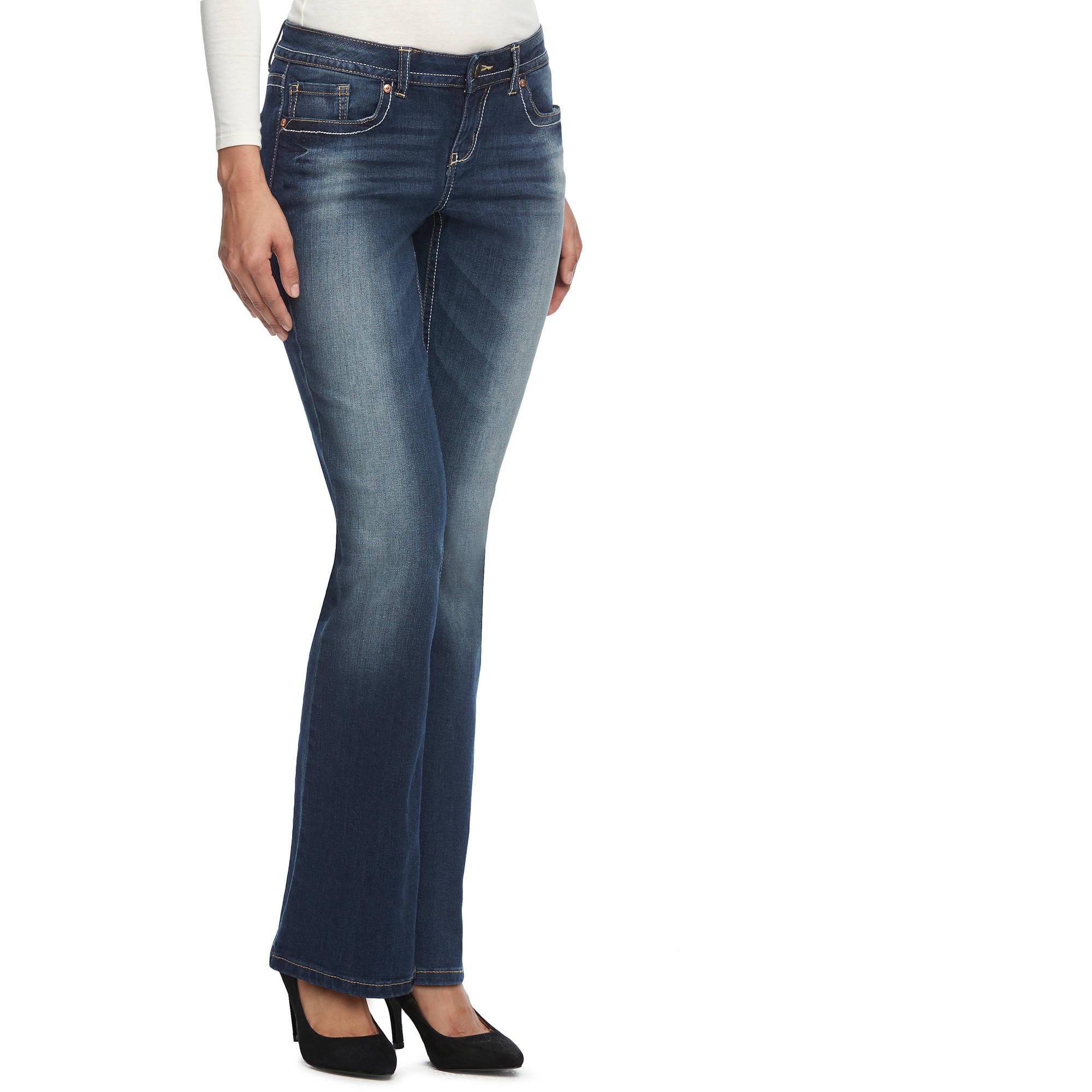 L.E.I. Juniors' Bridget Rayon Blend Curvy Bootcut Jeans
