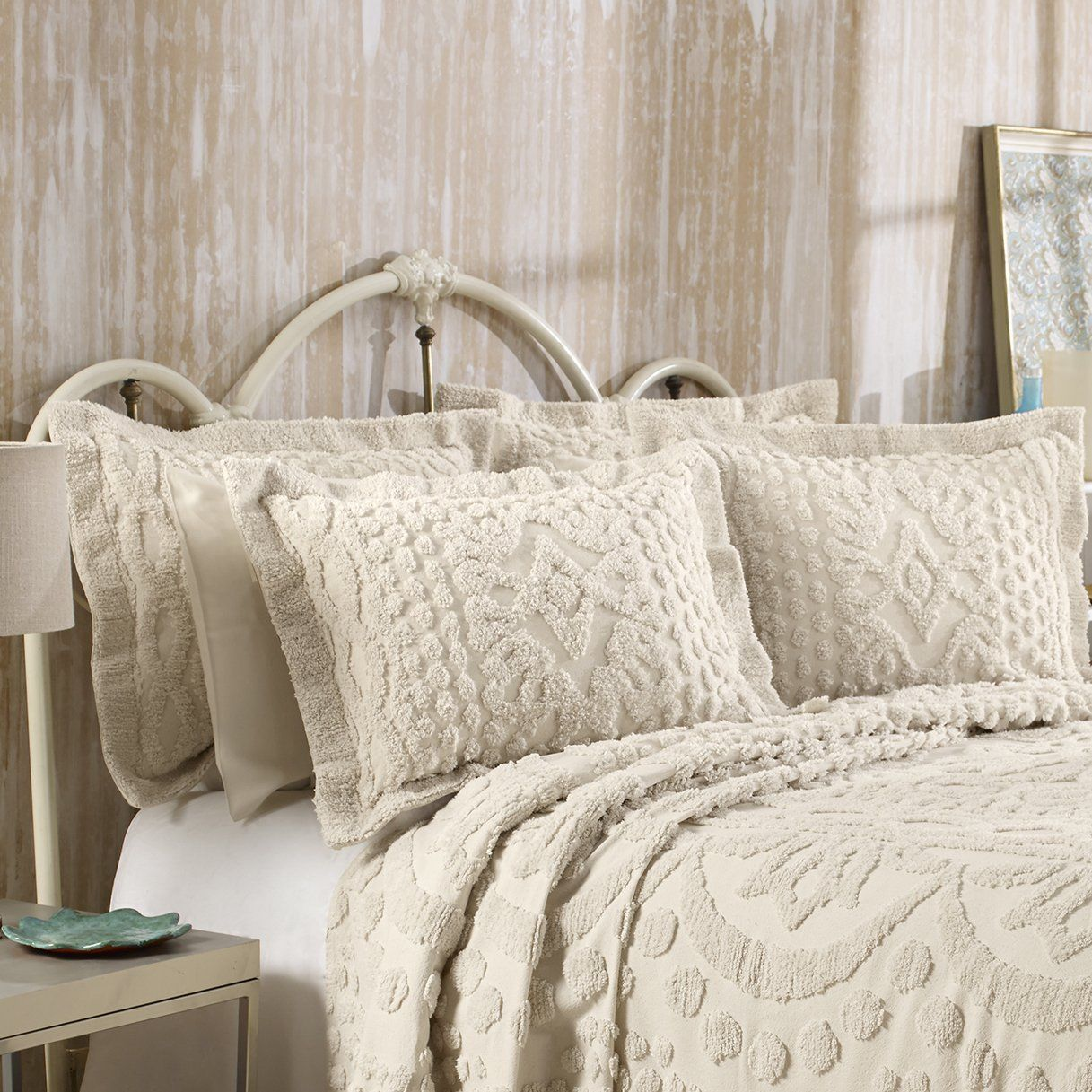 KINGSTON TUFTED CHENILLE BEDSPREAD AND PILLOW SHAM SET, ALL COTTON, QUEEN SIZE, BEIGE