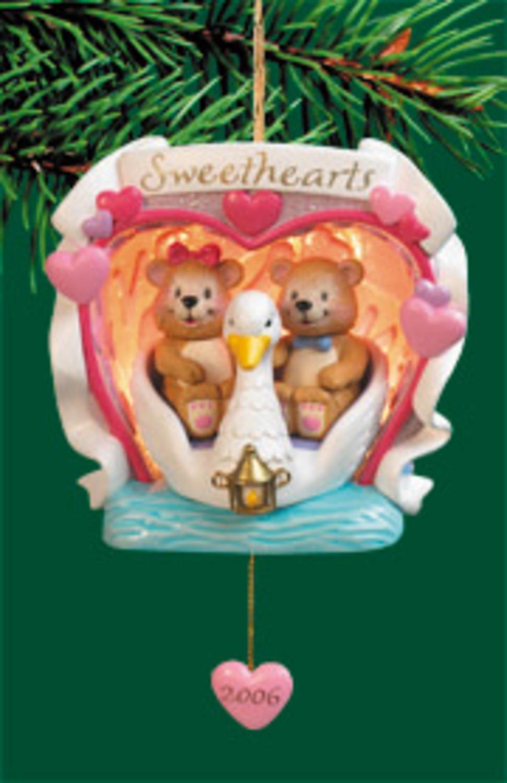 "4"" Carlton Heirloom ""Sweethearts"" Teddy Bear Swan Boat Christmas Ornament"