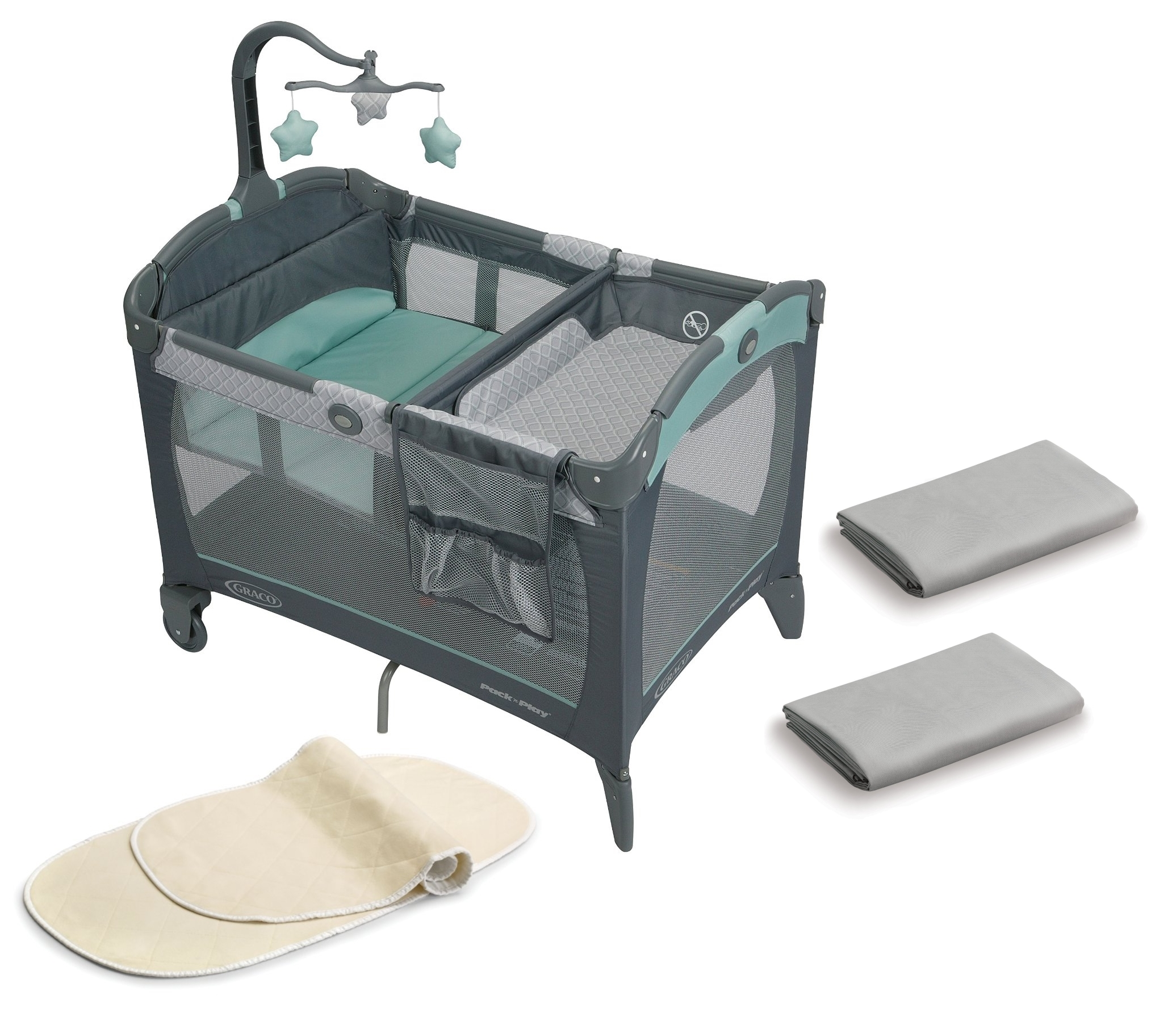 Graco Pack N Play Play Pen with SHeets & Changing Pad Covers by Graco
